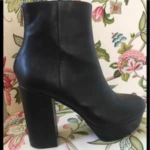 Steve Madden Black Leather Platform Boots